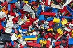 УСІ ПЕРШІ КЛАСИ В УКРАЇНІ БЕЗКОШТОВНО ОТРИМАЮТЬ НАБОРИ LEGO, – МЕМОРАНДУМ МІЖ МОН ТА THE LEGO FOUNDATION